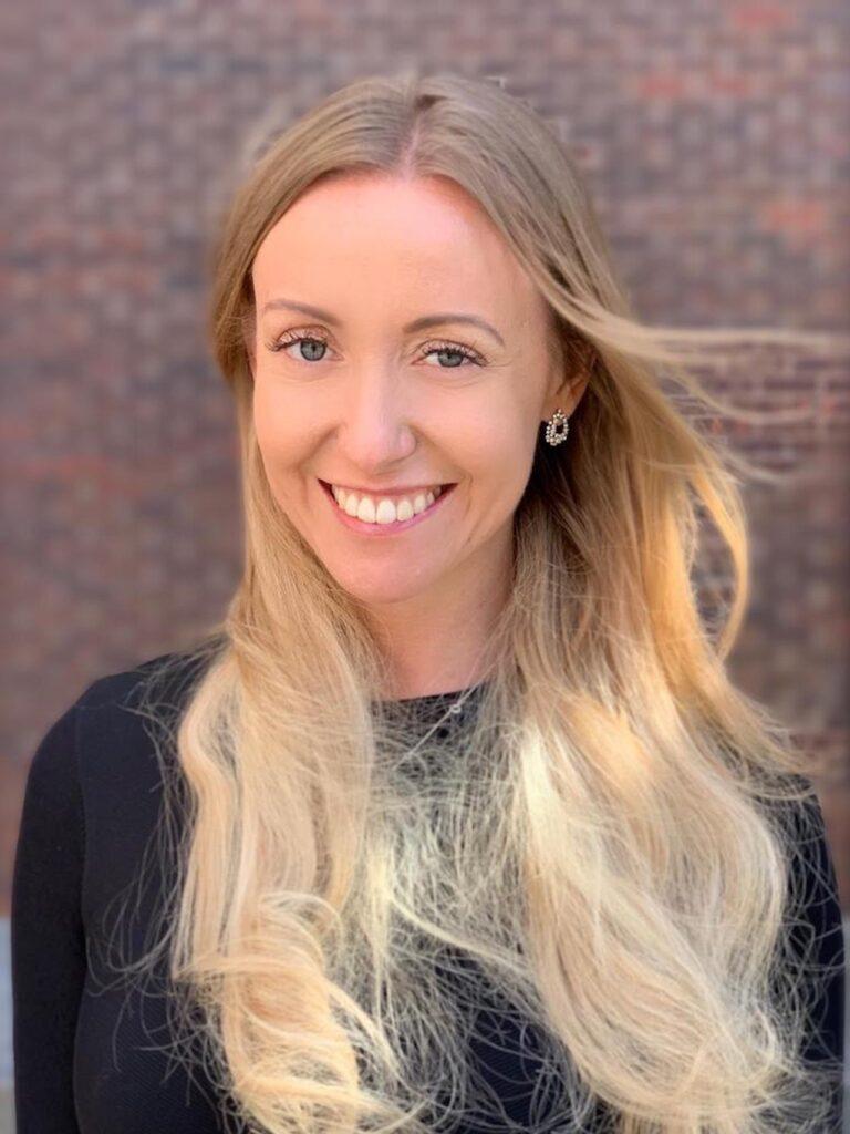Evelina Fredriksson är grundare till The Swedish Institute of Positive Psychology i Stockholm.