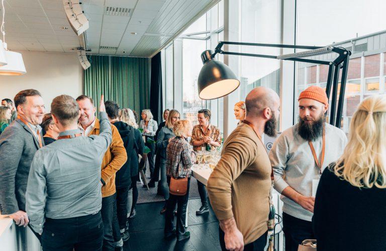Mingel på Great Hubs ettårskalas